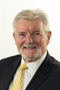 Profile image for Councillor Robert Taylor